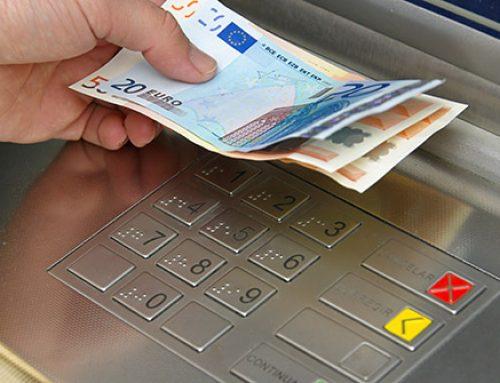 Kontantuttak i Norge vs. utlandet  – hva lønner seg?