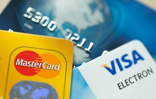 Hvilket kredittkort er det beste i 2018? Vi har gått gjennom kredittkortene i vår test og kåret vinnerne innenfor ulike kategorier.